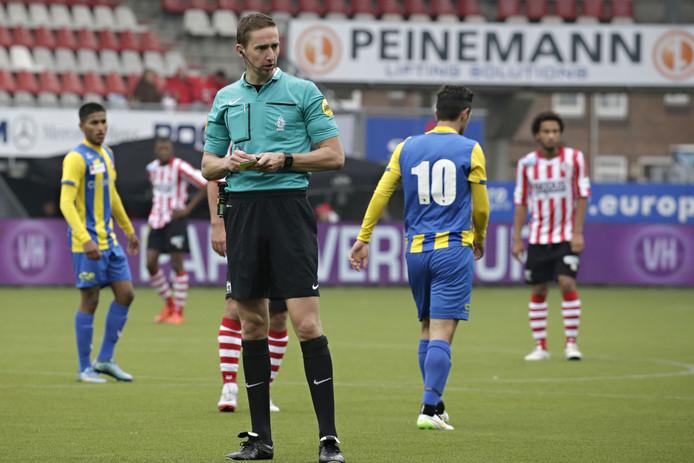 Christian Bax is aangesteld als scheidsrechter bij De Graafschap-FC Volendam.