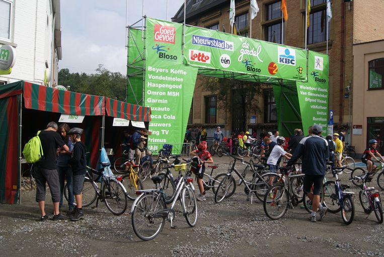 In 2011 was Sint-Genesius-Rode voor het laatst een trefpunt voor De Gordel, de voorloper van het Gordelfestival. Een jaar later verbood toenmalig burgemeester Myriam Rolin de organisatie in haar gemeente.