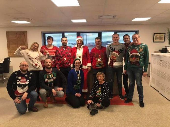 Gerdie Toenders (blauwe trui) met haar collega's van Fris-Co, december 2018.