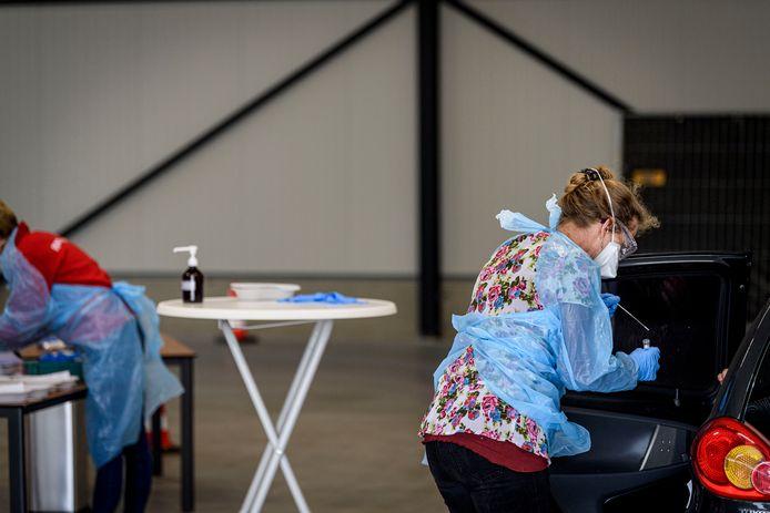 Er zijn de afgelopen 24 uur in Twente 317 nieuwe coronabesmettingen gemeld. Dat blijkt uit cijfers die het RIVM dinsdagmiddag publiceerde.