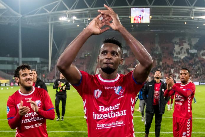 Jean-Christophe Bahebeck maakte in het oefenduel met Royal Antwerp FC zijn rentree voor FC Utrecht en scoorde meteen.