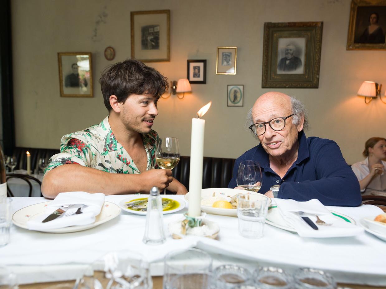 Regisseur Frans Weisz over zijn zoon, acteur Géza Weisz: 'Ik ben zijn vader, maar hij is meer míjn vader aan het worden.'