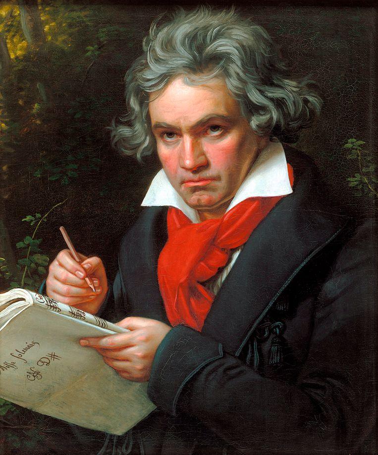 'Ik ben gek op zijn strijkkwartetten en late pianosonates.' Componist Beethoven schrijft hierboven met serieuze blik een   Beeld Getty