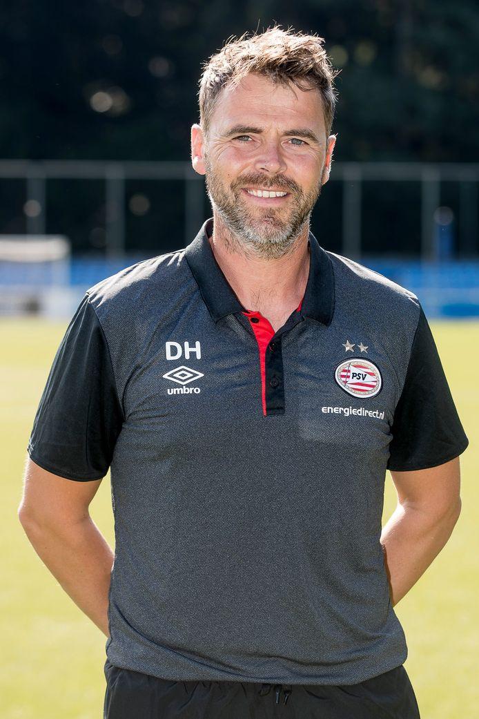 Trainer Dennis Haar van Jong PSV.
