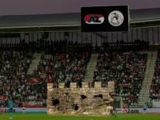AZ grapt op Twitter over de muur die Sparta bouwde in Alkmaar