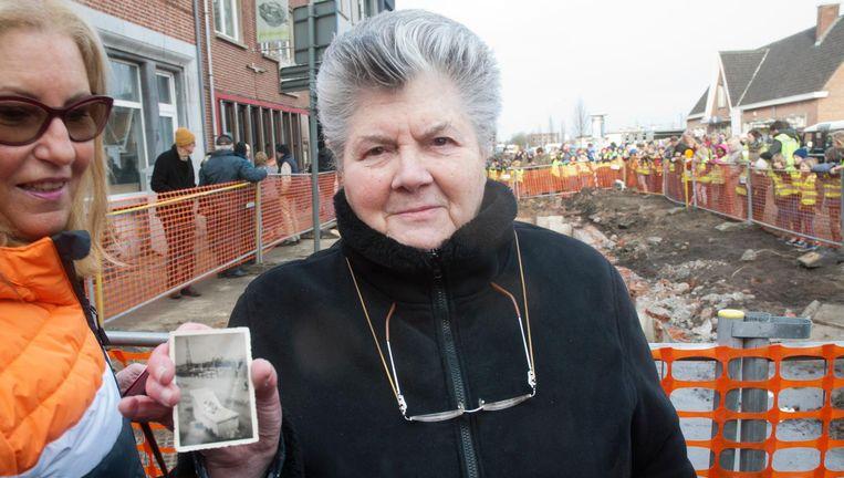 Yvette Hutse (81) schuilde als zevenjarig meisje in de bunker aan het station van Merelbeke.