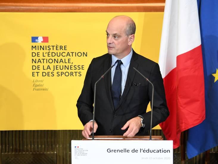 """Le ministre de l'Éducation dénonce les """"ravages de l'islamo-gauchisme"""" en France: """"Attaques minables"""""""