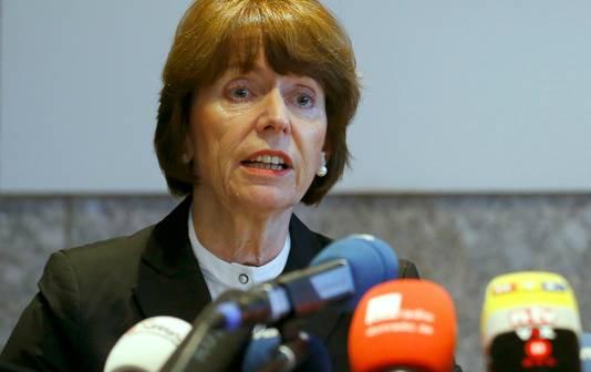 Burgemeester Henriette Reker heeft aangekondigd de daders hoe dan ook te zullen opsporen.