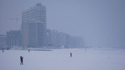 IN BEELD: Oostende ontwaakt onder dik sneeuwtapijt