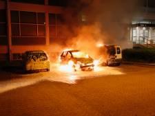 Auto in brand gestoken op de Hurksestraat