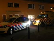 Twee personen gestoken met stuk glas: 45-jarige vrouw en haar 19-jarige dochter aangehouden