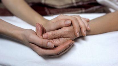"""Artsen die euthanasie uitvoeren: """"De angst dat er iets foutloopt, zit er altijd een beetje in"""""""