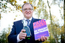 Paul Moers schreef tien boeken over marketing. In 2013 verscheen 'De kracht van passie', waarin aandacht voor Grolsch.