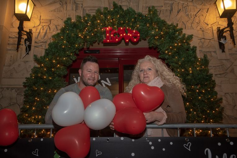 Tijl De Bock en Christine De Paepe van de Dienst Toerisme organiseren Christmas Loveland.