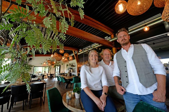 Myrthe Elling, Willem Dankers en Patrick Mulder zijn de gezichten van Brasserie Weleveld.