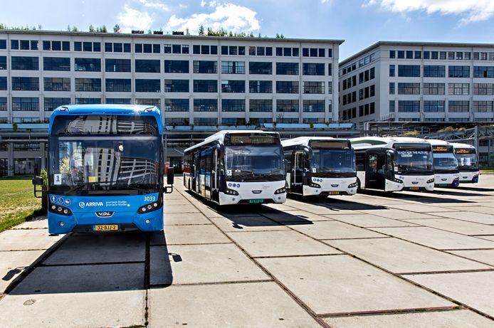 VDL presenteerde eerder deze maand een aantal elektrische bussen op Strijp-S in Eindhoven.