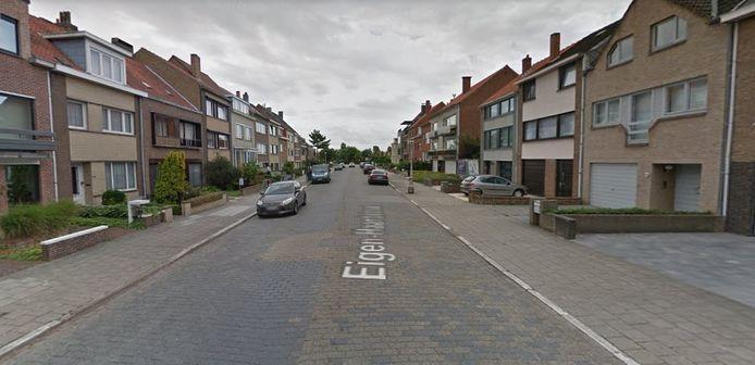 Fietser Kenneth Laridon werd door een voertuig gegrepen in de Eigen Haardstraat in Oostende.