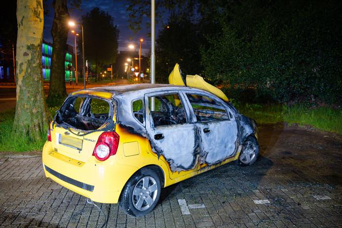 Drie auto's in één nacht uitgebrand in Tilburg
