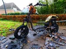 Groene deelscooter opgeblazen in Glanerbrug, verhuurbedrijf doet aangifte