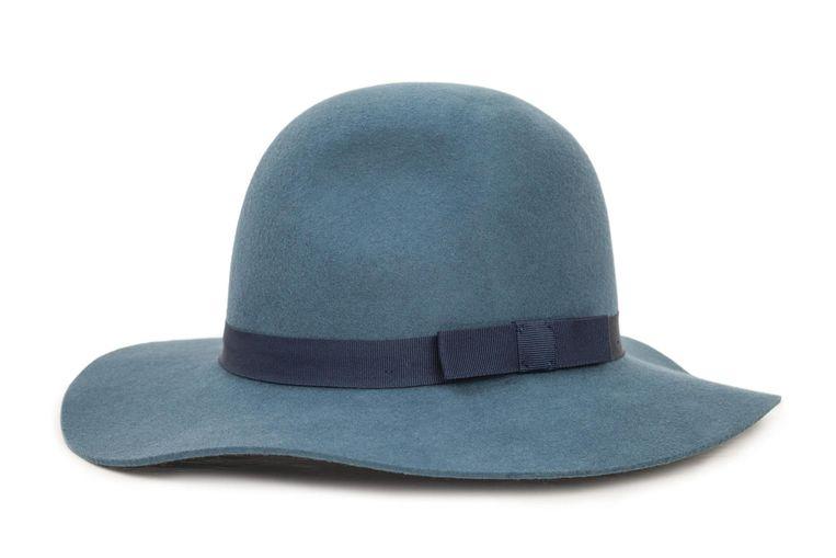 Donkerblauw hoedje van Brixton € 70. brixton.com Beeld .