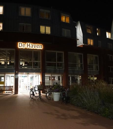 Bewoners woonzorgcentrum Bunschoten opgesloten na stroomstoring: zorgen over veiligheid