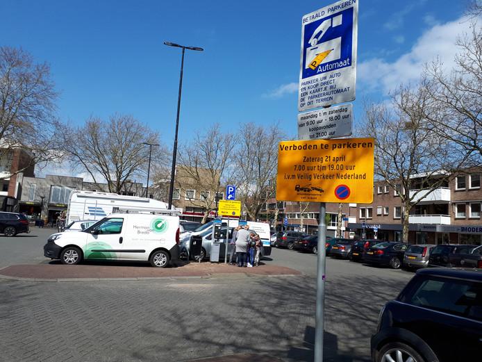 De Wal is één van de parkeerterreinen waar je 2,50 euro betaalt om een hele dag te parkeren.