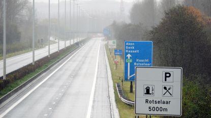 Kettingbotsing met vijf wagens veroorzaakt hinder
