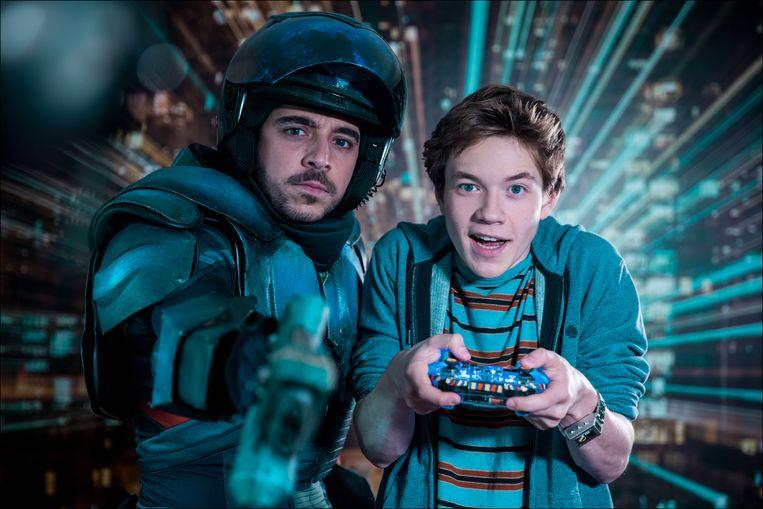 Buck (Robbert Vervloet) en Elias (Bram Spooren).