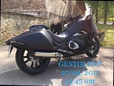 In Enschede gestolen 'Batman-motor' terug na tip via Facebook