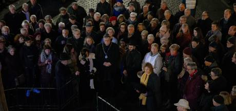 Tijdelijk Holocaust-monument onthuld, historici pleiten voor Stolpersteine in Nijmegen