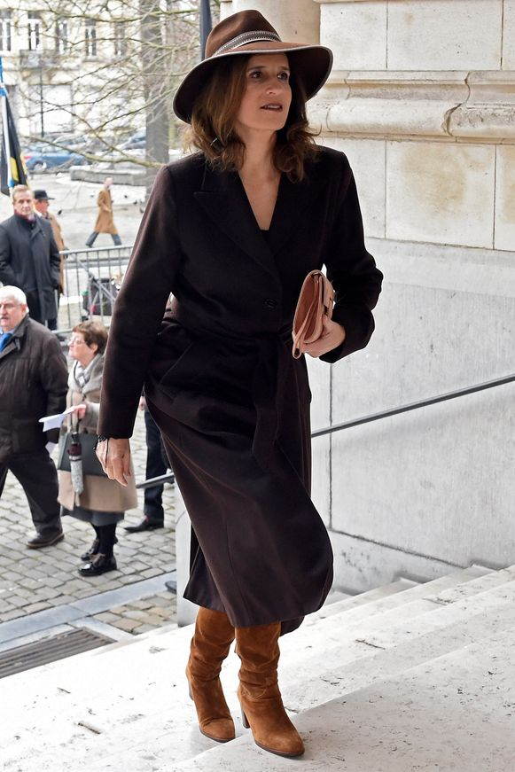 Prinses Marie Esmeralda (63), die al jaren in Londen woont, is de halfzus van Albert, en dus de tante van koning Filip.