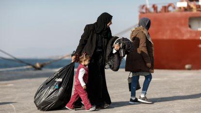 """Griekenland verstrengt asielprocedure: """"onmogelijk om tienduizenden mensen op te vangen"""""""