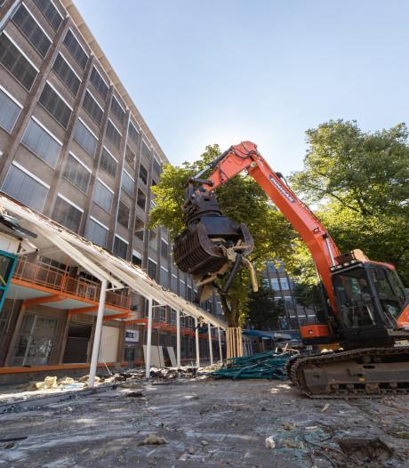 Sloop Philips Bedrijfsschool Eindhoven is begonnen