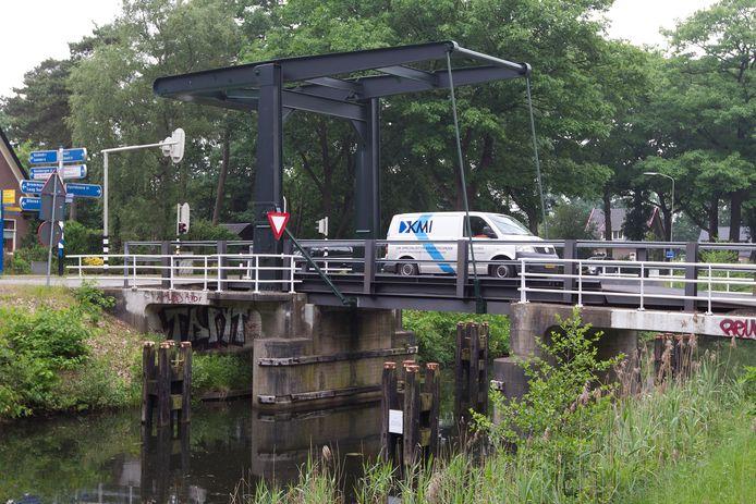 Onder meer de Hallsebrug is vervangen.