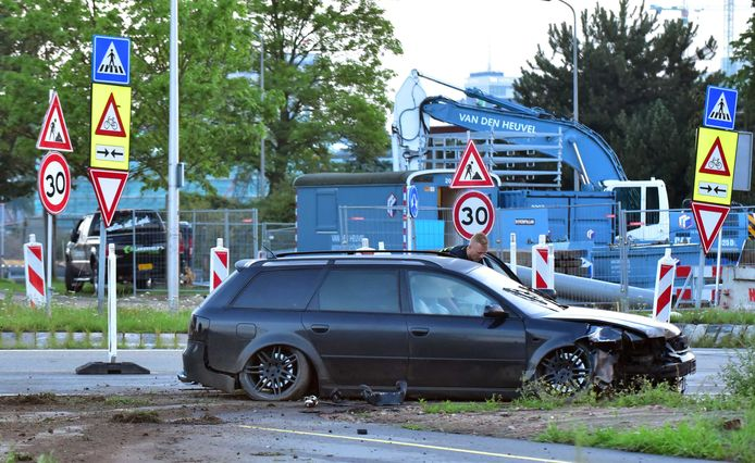 Een snelle Audi, vermoedelijk van criminelen die plofkraken plegen, werd twee jaar geleden klemgereden in Utrecht. Foto ter illustratie.