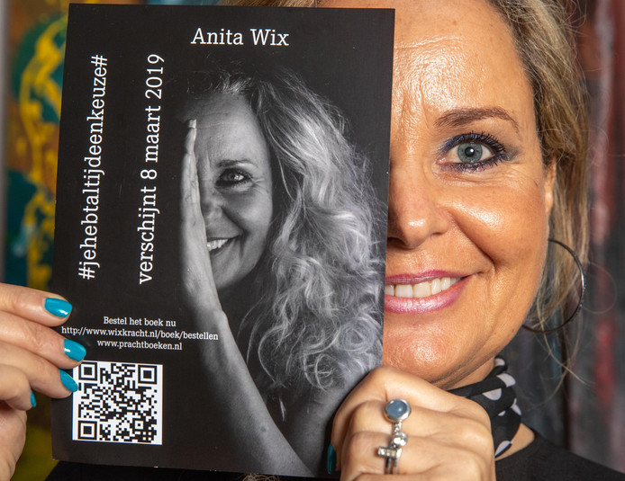 Schrijfster Anita Wix schreef een boek over huiselijk geweld. Haar ex-partner zegt dat dit hem zo erg beschadigd, dat het boek verboden moet worden.