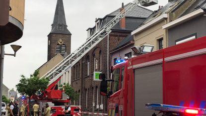 School in Peutie geëvacueerd door uitslaande brand in aanpalende woning