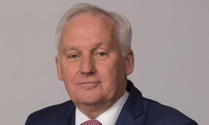 Burgemeester Dirk van der Borg van Molenwaard gaat aan de slag als waarnemend burgemeester van Molenlanden.