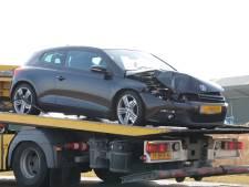 Botsing tussen drie auto's op N57 bij Middelburg