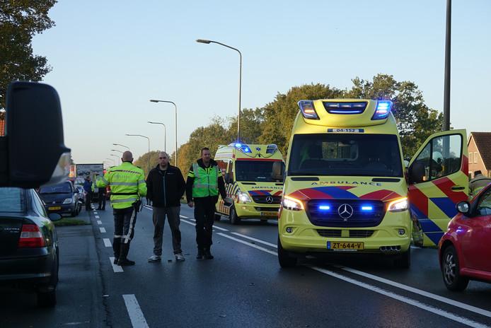 Hulpverleners op de plek van het ongeluk in De Krim.