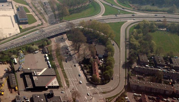 De kruising op de Merwedestraat bij de N3 wordt aangepast.