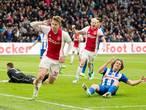 Overtuigend Ajax walst over zwak Heerenveen heen
