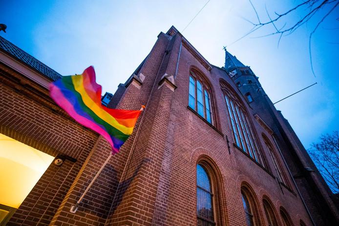 Meer Homos En Bis Komen Uit De Kast Discriminatie Blijft
