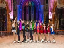 Fotoshoot  op schaatsen in de Gouwekerk