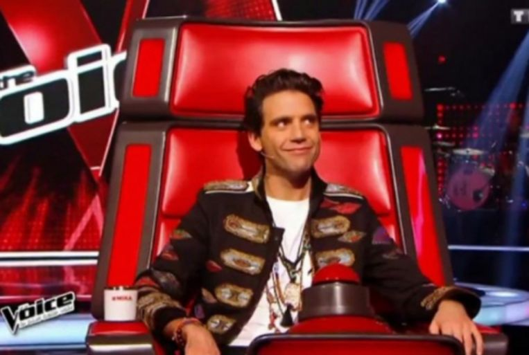 Mika als jurylid in 'The Voice France'.
