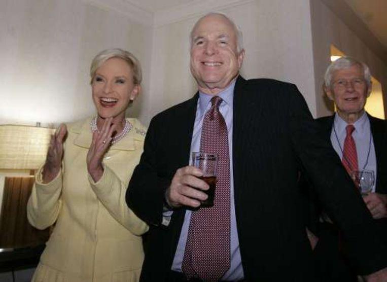 McCain en zijn echtgenote hebben zopas het goede nieuws vernomen.