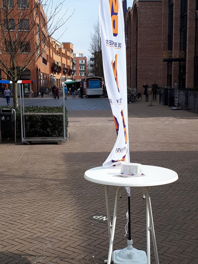 De VVD vindt dat CDA, D66, GroenLinks en de ChristenUnie voorbij gaan aan de wens van de kiezer nu deze vier partijen proberen een nieuwe coalitie in de gemeente Hellendoorn te vormen.