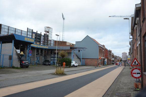 De projectontwikkelaar kan appartementen bouwen op de plaats van de vroegere hoofdingang en zal in ruil de nieuwe tribune realiseren.