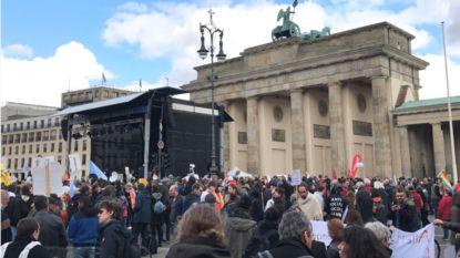Duizenden mensen betogen in Berlijn tegen intrede van extreemrechts in parlement