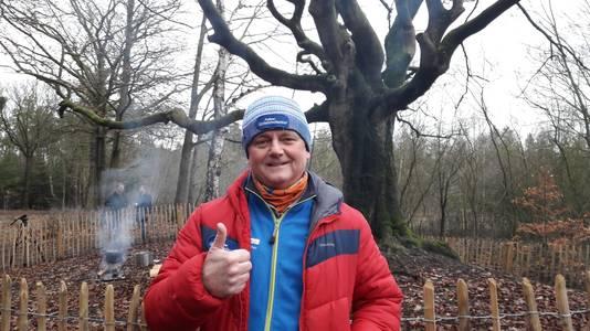 Rob McBride bij de Heksenboom.